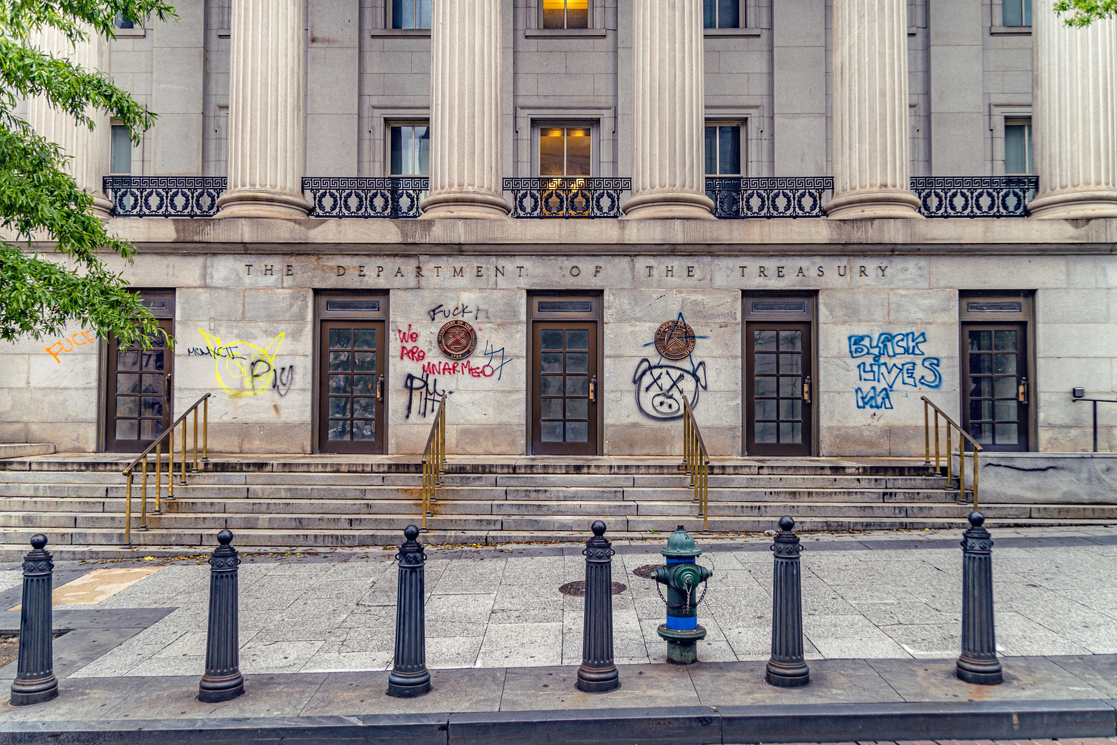 2020.06.05 Protesting the Murder of George Floyd, Washington, DC USA 157 34219
