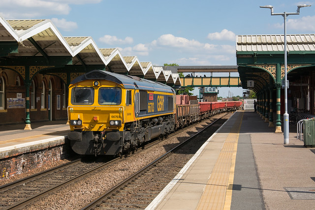 66703 March 01/06/20 - 6L37 0954 Hoo Junction Up Yard to Whitemoor Yard L.D.C Gbrf