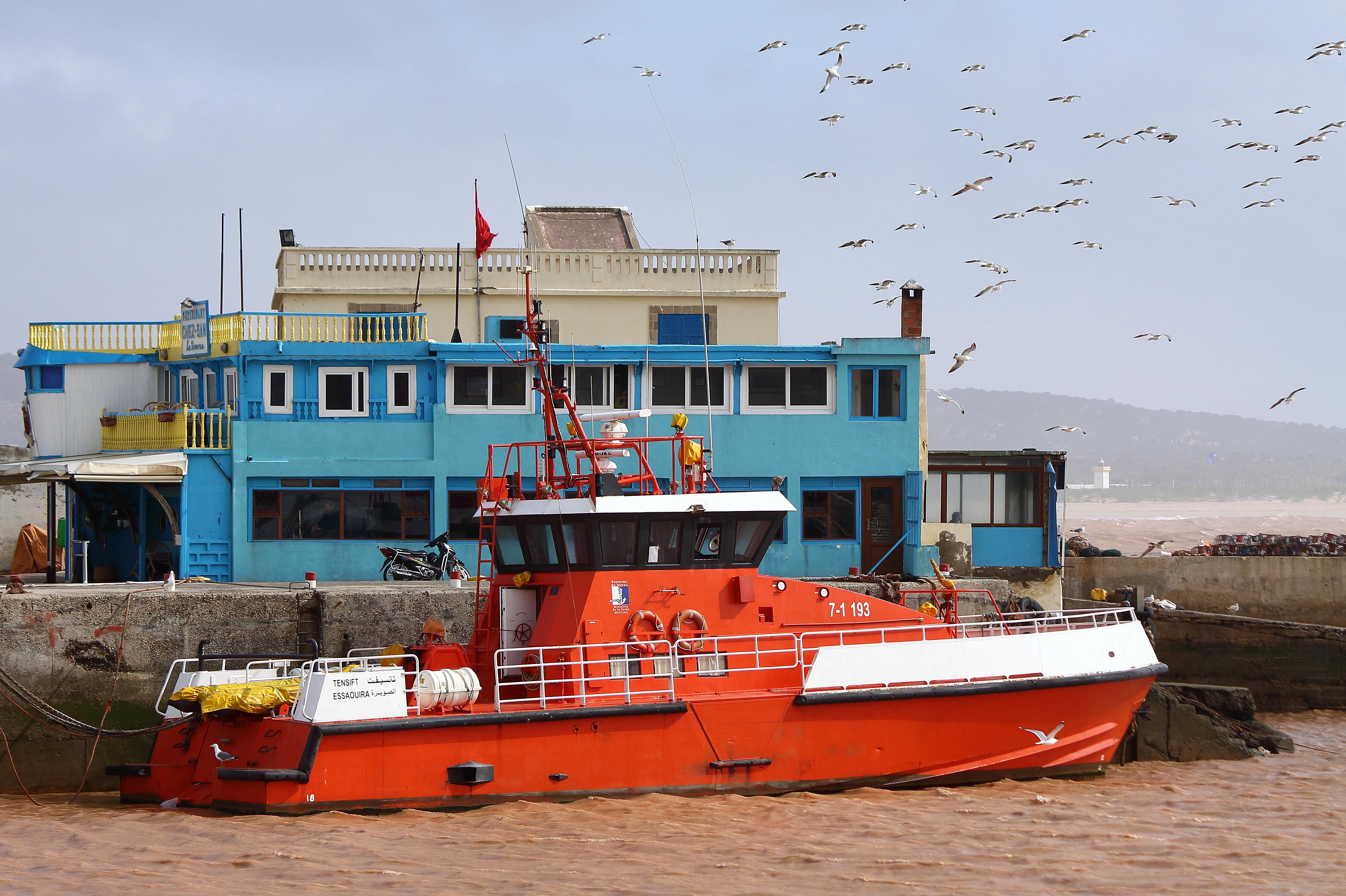 Sauvetage maritime au Maroc / service de recherche et de sauvetage  - Page 3 49974031902_0b0aecae7e_o_d