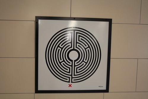 Art on the Underground Labyrinth 99 Blackfriars closeup