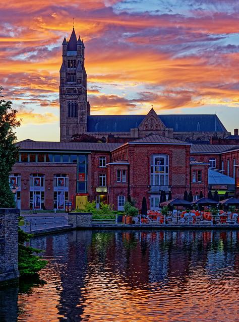 Dramatic Bruges Sunset ( Saint Salvator's Cathedral) Panasonic DC-S1 & Lumix S 24-105mm F4 Zoom (DxO Edited)