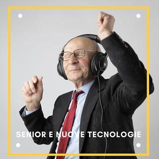 foto_senior e nuove tecnologie