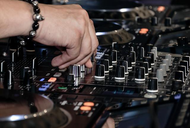 DJ system XDJ-XZ
