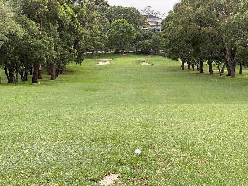 Cammeray Golf Club: hole 1 fairway