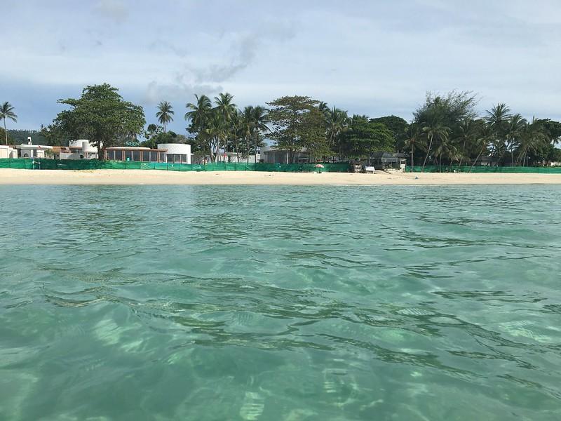 サムイ島 チャウエンビーチ パブリックエントランス chaweng beach koh samui