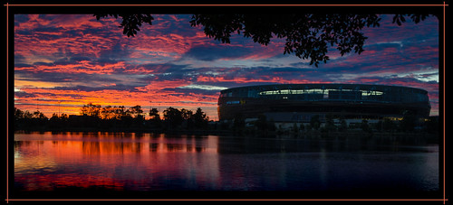 swanriver perthstadium sunrise dawn reflections