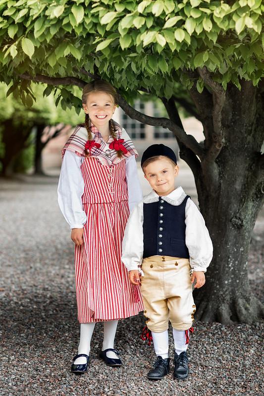 Nieuwe foto's van Kroonprinsesselijk gezin Zweden t.g.v. Nationale Dag (2020)