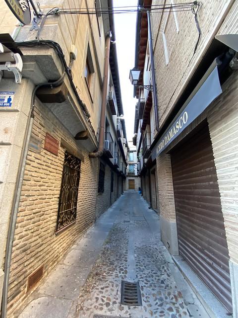 Callejón de Bodegones. Toledo