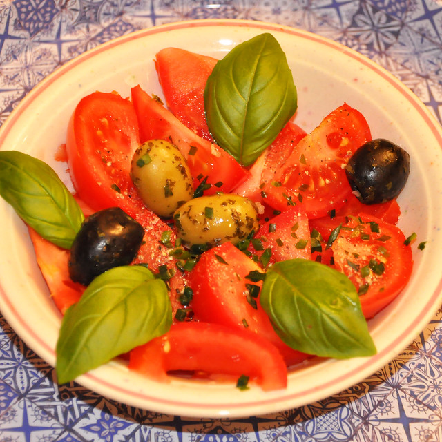 Juni 2020 ... Pikanter Tomatensalat ... Brigitte Stolle