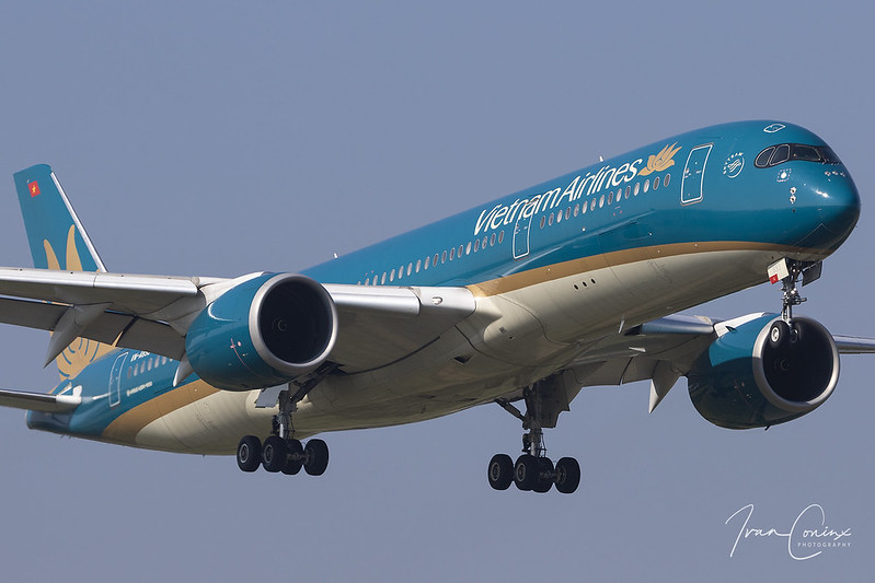 Airbus A350-941 – Vietnam Airlines – VN-A893 – Brussels Airport (BRU EBBR) – 2020 05 27 – Landing RWY 01 – 01 – Copyright © 2020 Ivan Coninx