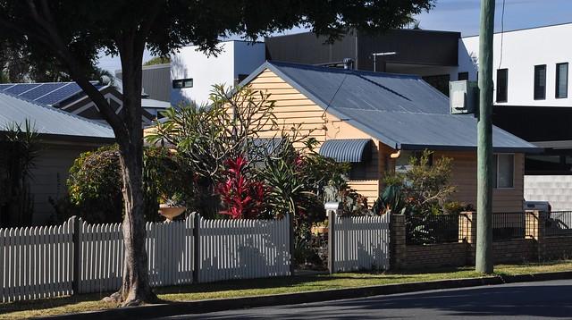 8187 Pretty cottage in Bulimba DSC_0003 (2)