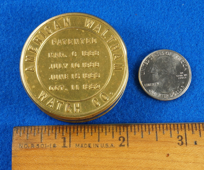 RD28267 Antique 1895 American Waltham Brass Pocket Watch Mailing Container DSC07235