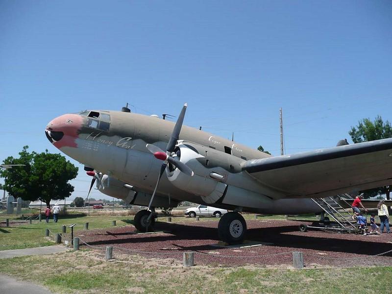 Curtiss C-46D-10-CU 1
