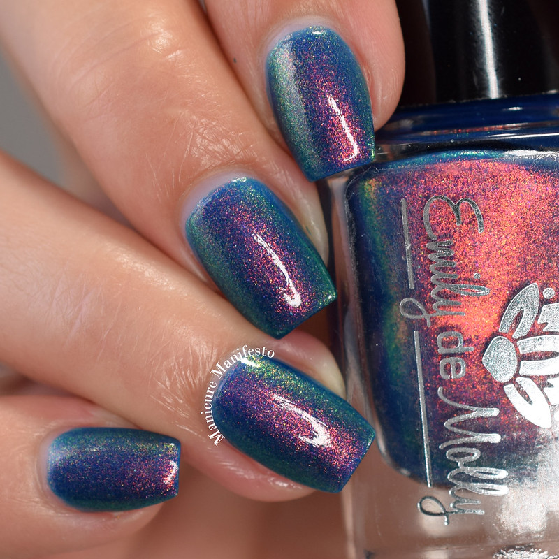 Emily De Molly Stuck In The Clouds swatch