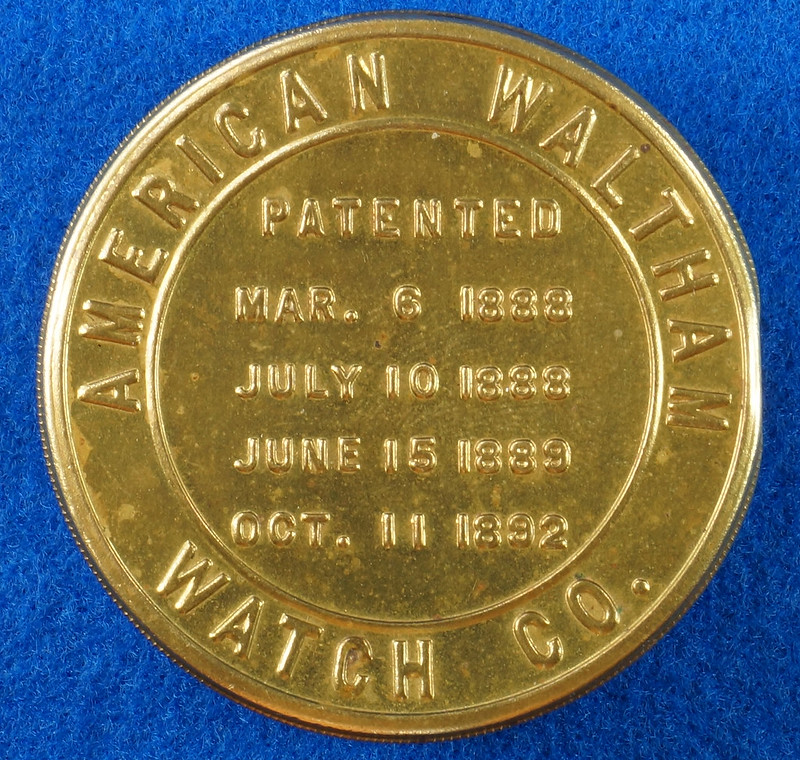 RD28267 Antique 1895 American Waltham Brass Pocket Watch Mailing Container DSC07236
