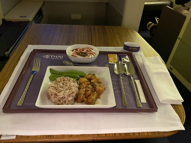 Thai Airways Royal First - BKK-HKT - Prestation pré-dîner