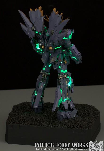 RG Unicorn Gundam 02 Banshee Norn (Lighting Model) 23