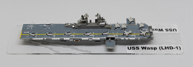 GHQ USS Wasp LHD 1/2400 miniature - based