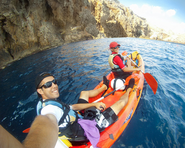 Kayak por Menorca con la empresa katayak