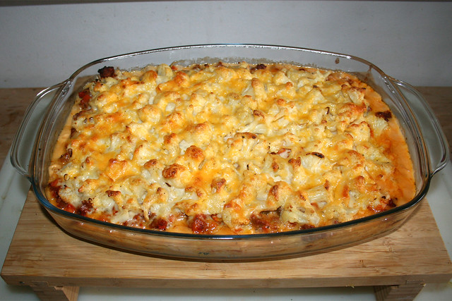 51 - Hearty Cauliflower meat casserole - Finished baking / Deftiger Blumenkohl-Hack-Auflauf - Fertig gebacken
