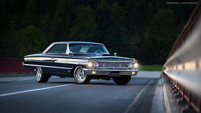 1964 Ford Galaxie 500 XL - Shot 6