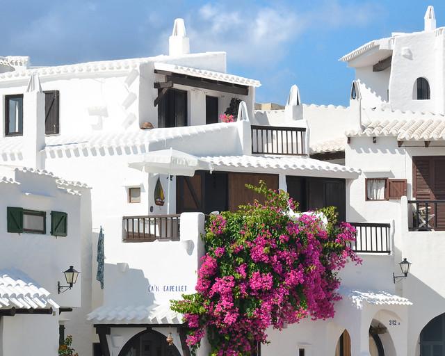 Casitas blancas de Binigaus, uno de los destinos de nuestro viaje a Menorca