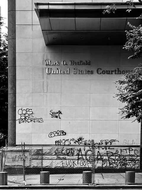 portland oregon usa hatfield courthouse
