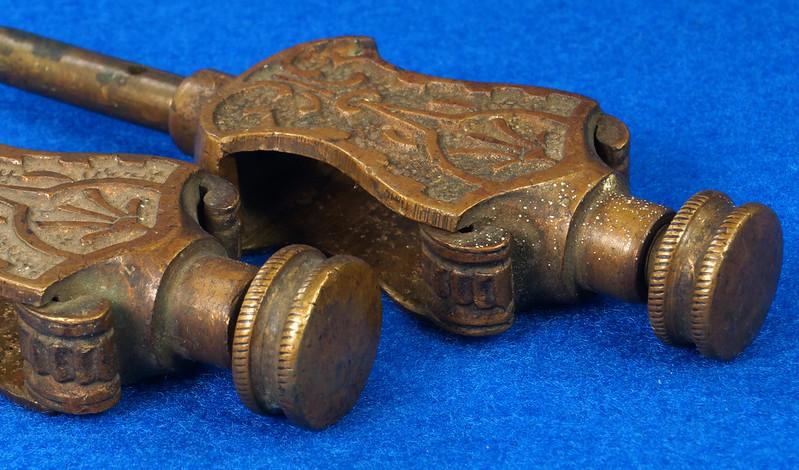 RD29247 Pair Antique Stanley Trammel Points Set Ornate Brass on 30 inch Stick DSC07331