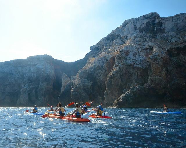 En kayak por la costa norte de Menorca