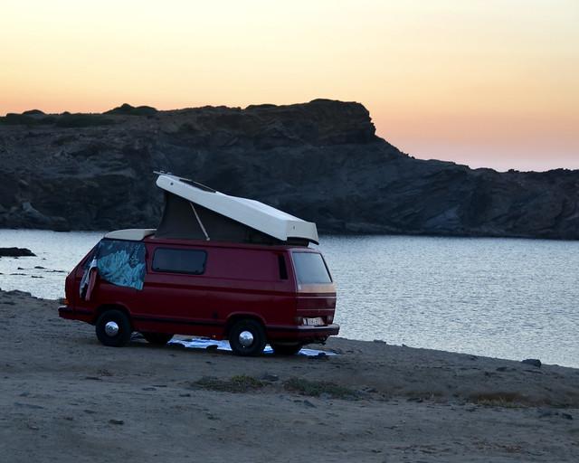 Viaje barato por Menorca en furgoneta