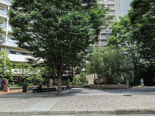 baseコプラス周辺の憩いの広場