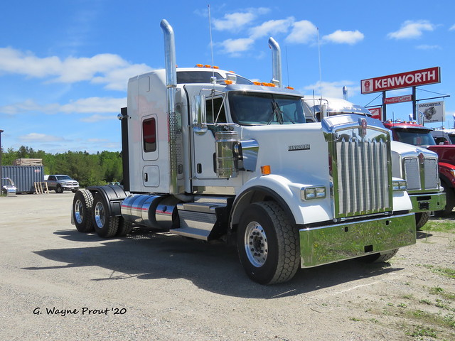 2021 Kenworth W900 L Heavy-haul Tractor