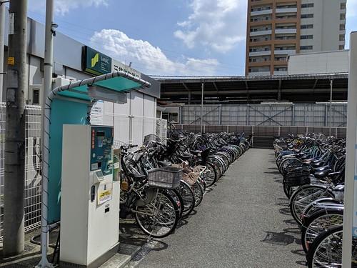 baseコプラス周辺の駐輪場