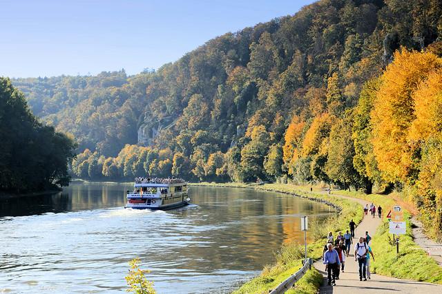 0743 Kelheim ist die Kreisstadt des gleichnamigen Landkreises im Regierungsbezirk Niederbayern und liegt an Donau.