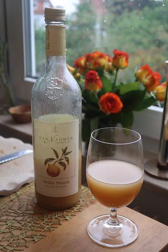Weißer Pfirsich Saft von der Obstkellerei Van Nahmen