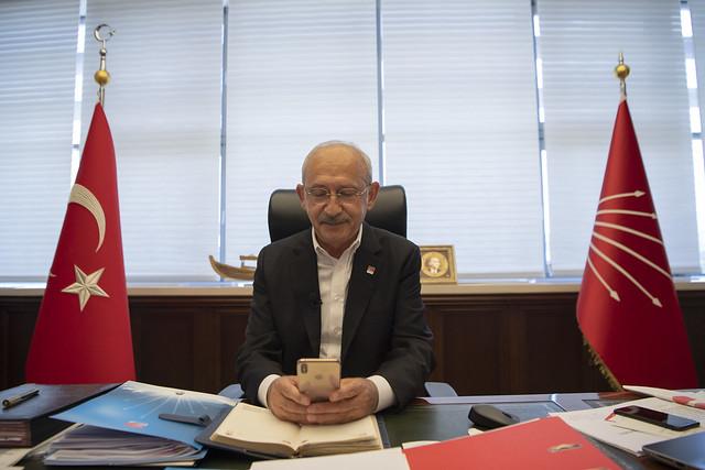 """CHP GENEL BAŞKANI KEMAL KILIÇDAROĞLU'NDAN """"ANNELER GÜNÜ"""" TELEFONU"""