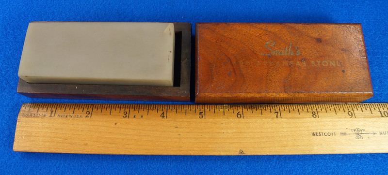 RD28429 Vintage Smith