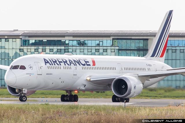 Air France Boeing 787-9 Dreamliner cn 42498 / 832 F-HRBH