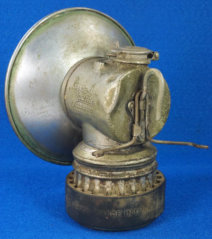 RD30144 Vintage JUSTRITE Patent Applied For Metal & Rubber Miner