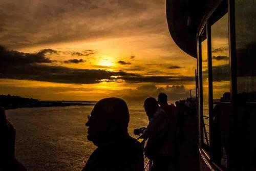 nikon5300 columbus cruise deck frenchpolynesia outdoor ship sunset tahiti tourist worldcruise 201902061808160 ocean pacific sky weather cruiseship passenger