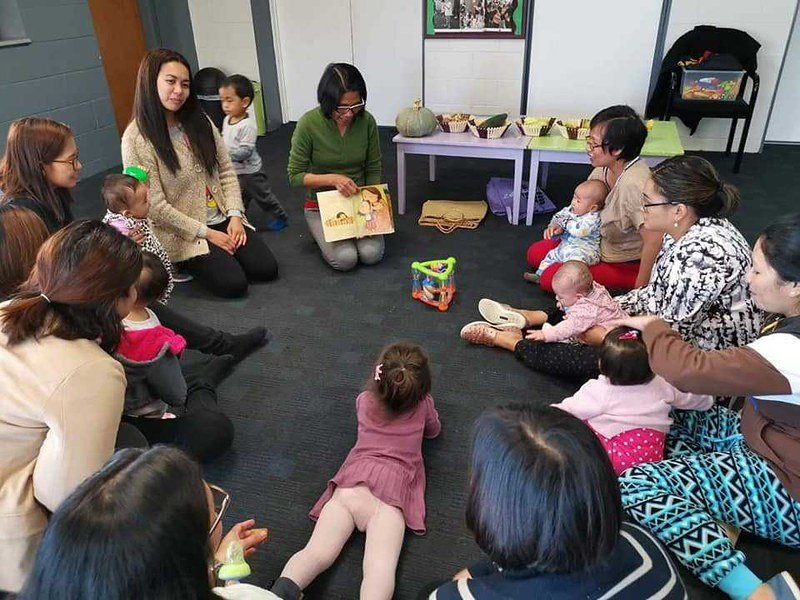 Reading to the Supling playgroup