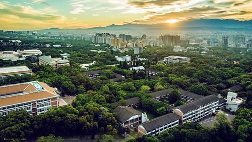 教堂 路思義教堂 東海大學 校園 天空 台中觀光 台灣 台中 campus city landscape outdoor 一日之計在於晨 清晨 空拍機 大疆 晨光 晨曦 日出 空拍 航拍 dronephoto mavic mavicair dji taiwan taichung morning sunrise drone