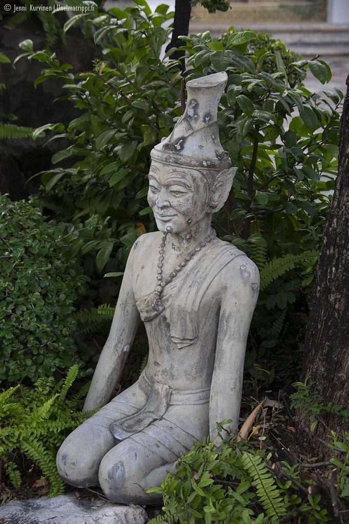 Patsas Wat Phon temppelillä