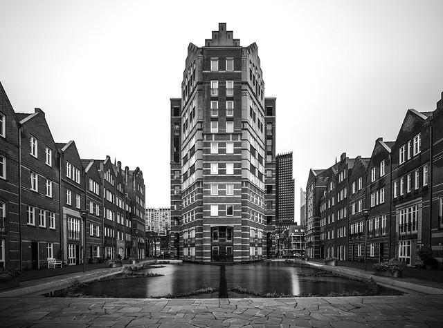 Urban square / The Hague
