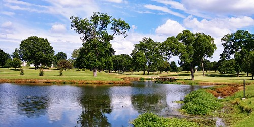 clouds weather sky scenic landscape travel elements explore spring lake water fishing trees park photography peaceful relaxation golf tulsa oklahoma