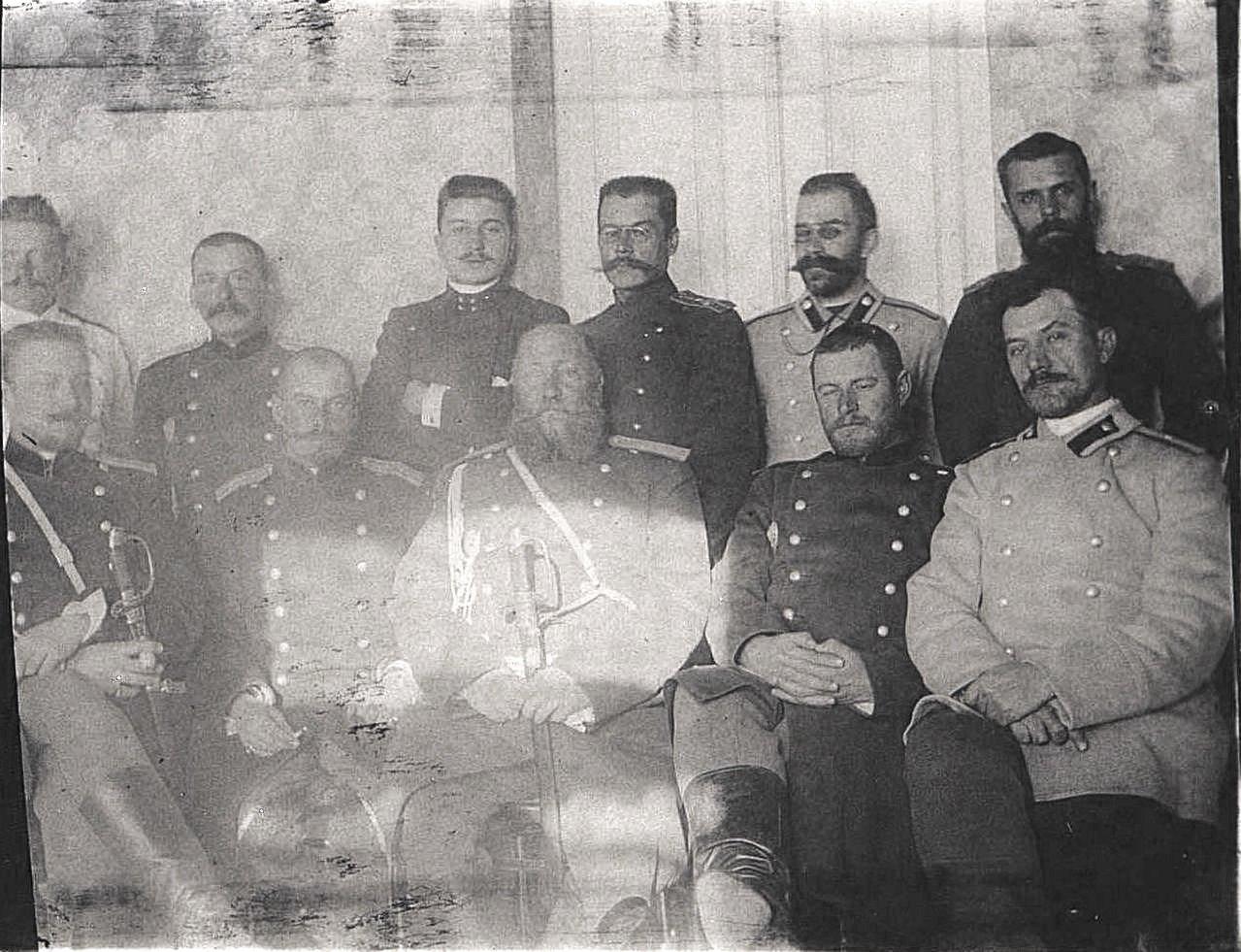 47. Штаб 2-го Сибирского корпуса во главе с начальником штаба генералом М. Коленко. Ноябрь 1900