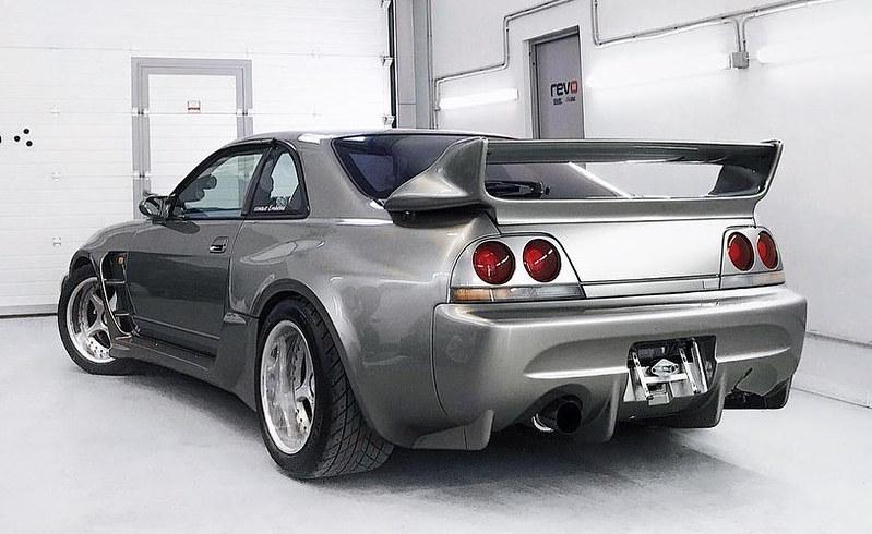 Nissan-Skyline-R33-Veilside-2