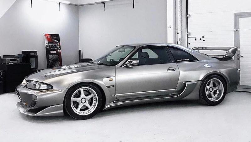 Nissan-Skyline-R33-Veilside-1