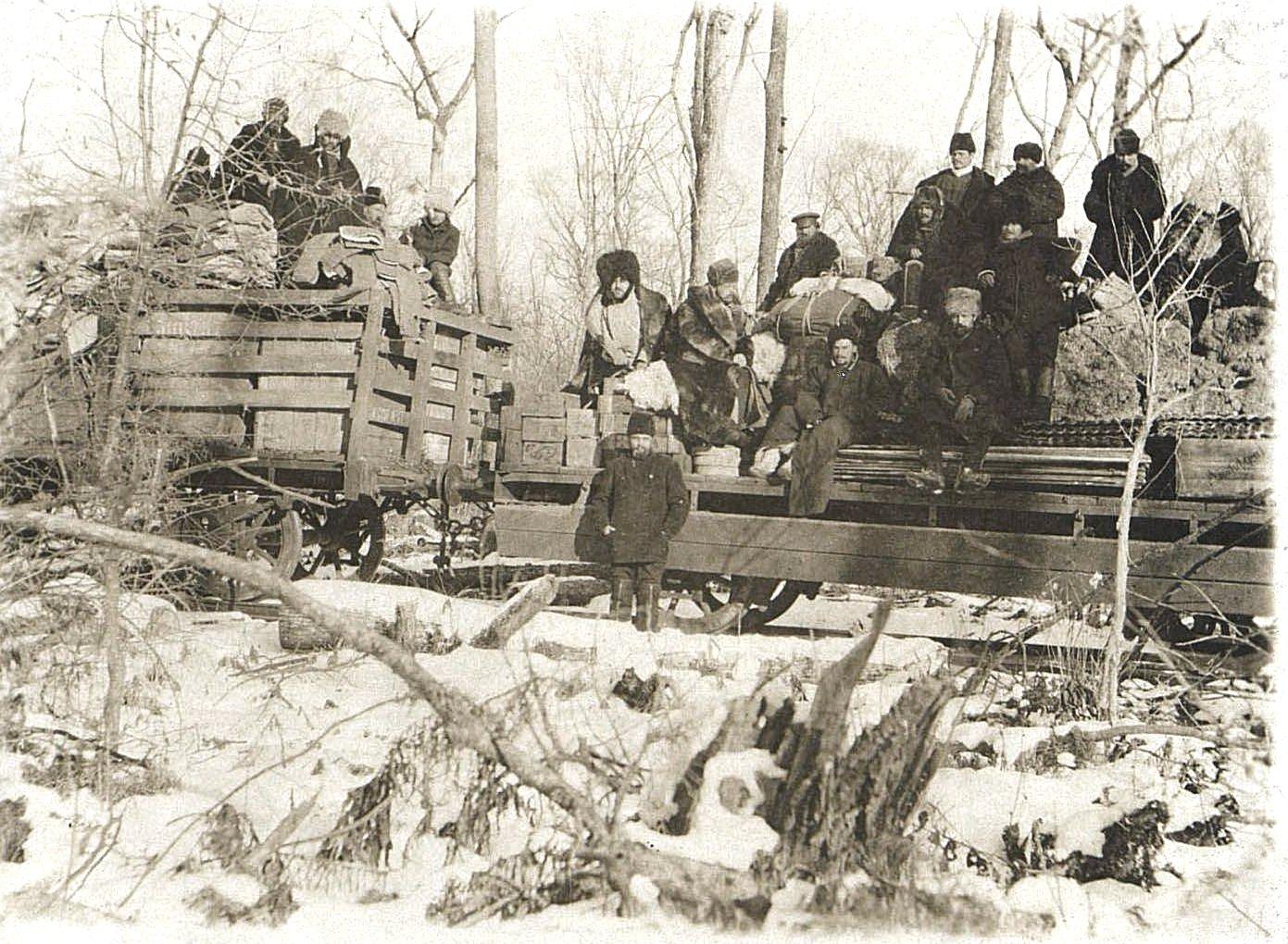46. «По железной дороге из Харбина во Владивосток. Служебный поезд из Шета-Хезы в Лао-Мень». 9 декабря 1900