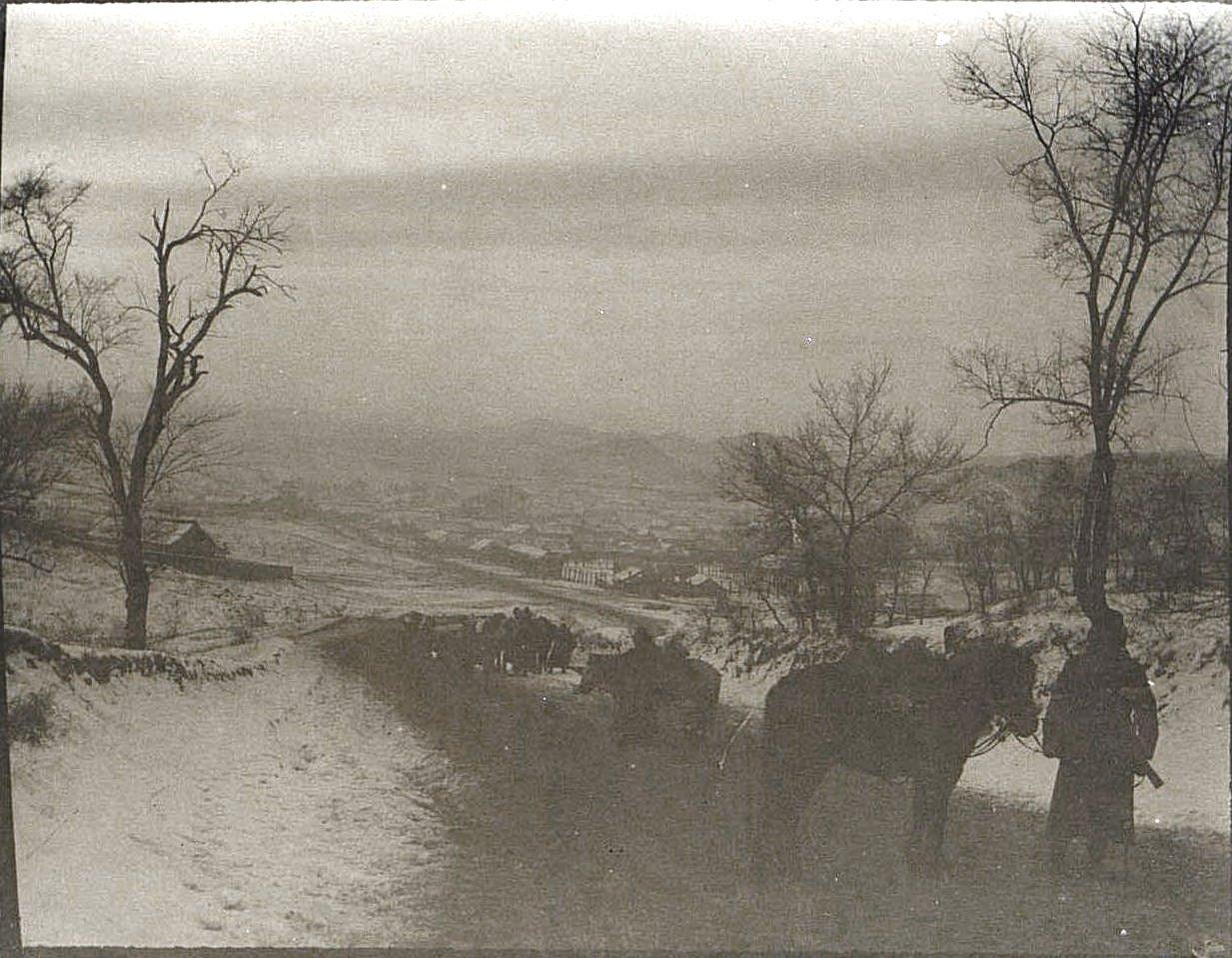 26. Город Гирин. Вид с горы. Ноябрь 1900
